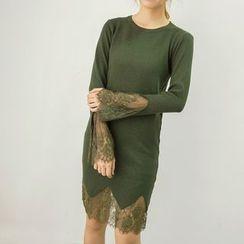 Honey House - Lace Trim Long Sleeve Knit Dress