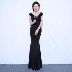 ZAKSKI - V-Neck Embellished Mermaid Evening Gown