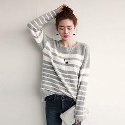 NIPONJJUYA - Dip-Back Stripe Knit Top