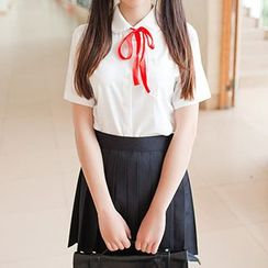 GOGO Girl - School Uniform Party Costume Short-Sleeve Shirt / Pleated Skirt