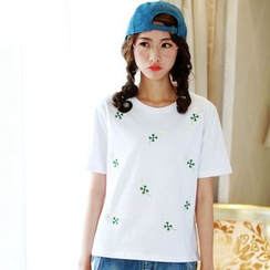 Lina - Daisy Embroidered Crewneck T-Shirt