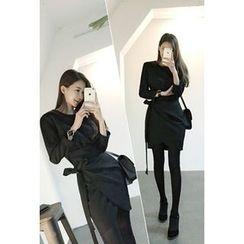 ATTYSTORY - Tie-Waist Mini Wrap Dress