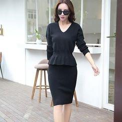 NINETTE - 套装:荷叶针织上衣 + 裙