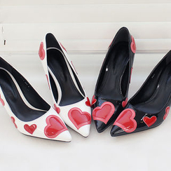 DANI LOVE - Heart Patterned Pumps