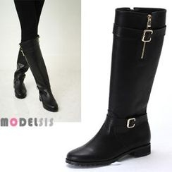 MODELSIS - Buckled Zip-Accent Boots