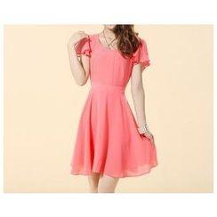 草莓花朵 - 皱摺袖雪纺连衣裙