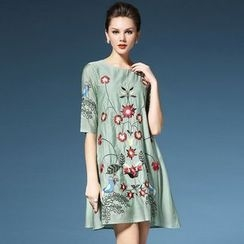 Elabo - Embroidered Elbow Sleeve Shift Dress