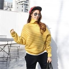 PIPPIN - Turtle-Neck Striped Top