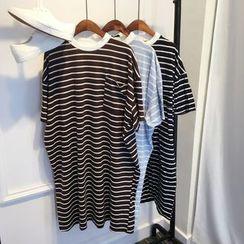 Kojasmine - 条纹T恤裙