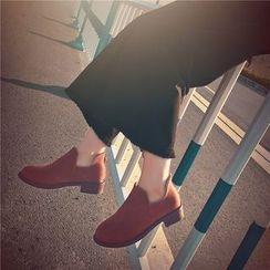 周董女鞋 - 吊苏拉链踝靴