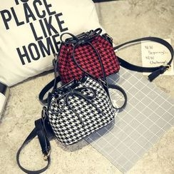 Pandabada - Houndstooth Drawstring Bucket Cross Bag