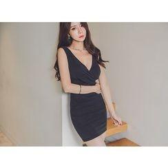 UUZONE - Sleeveless Shirred Dress