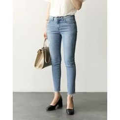 UPTOWNHOLIC - Fray-Hem Washed Skinny Jeans