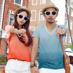 Honey Lemon - Short-Sleeve V-Neck Gradient Couple T-Shirt