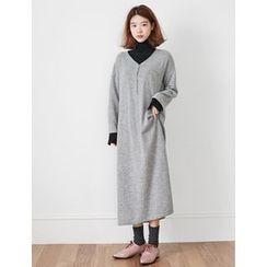 FROMBEGINNING - V-Neck Wool Blend Knit Maxi Dress
