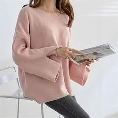 PIPPIN - Slit Detail-Sleeve Knit Top