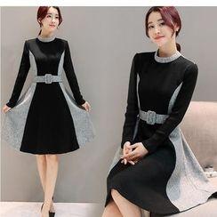 Eighoo - Color Block Long Sleeve Knit Dress