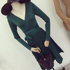 Honeydew - V領長袖針織連衣裙