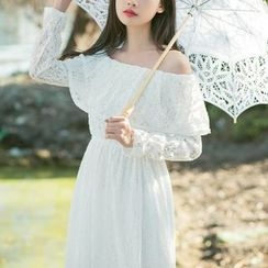 Jolly Club - Long-Sleeve Off-Shoulder Lace Dress