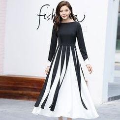 Romantica - Color-Block Maxi Dress