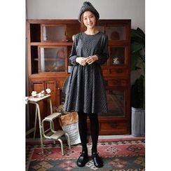 GOROKE - Shirred Patterned Empire Dress