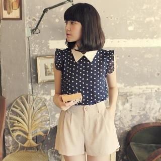 Tokyo Fashion - Contrast-Collar Patterned Blouse