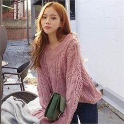 QNIGIRLS - V-Neck Cable-Knit Sweater