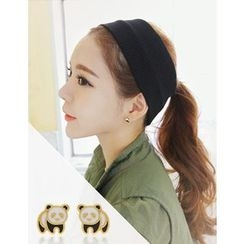 soo n soo - Panda Stud Earrings