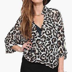 Richcoco - Leopard Print Oversized Chiffon Shirt