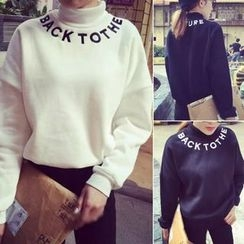 Melon Juice - Letter Turtleneck Sweatshirt