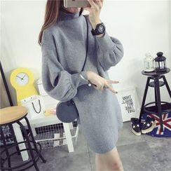 Qimi - Lantern-Sleeve Knit Dress