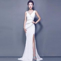 Posh Bride - Embellished Sleeveless Side Slit Sheath Evening Gown