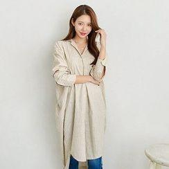 Seoul Fashion - Pocket-Front Stripe Long Shirt