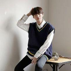 Seoul Homme - Stripe-Trim V-Neck Knit Vest