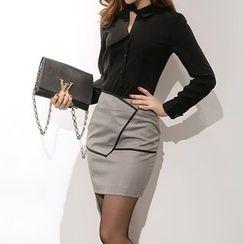 Yilda - Set: Cutout Shirt + Pencil Skirt