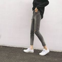 Windflower - Washed Distressed Slim-Fit Cropped Jeans