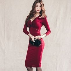 Hazie - V-Neck Cutout Ruched Bodycon Dress