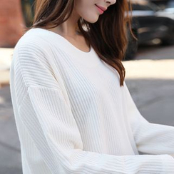 CLICK - Long Sleeve Round-Neck Ribbed Top