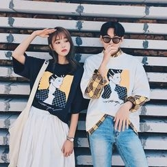 Simpair - Couple Matching Printed Elbow-Sleeve T-Shirt