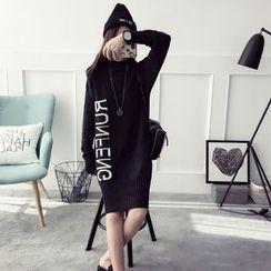 Qimi - 長袖字母針織連衣裙