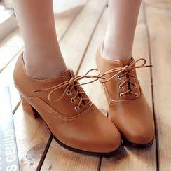 Sidewalk - Block Heel Oxfords