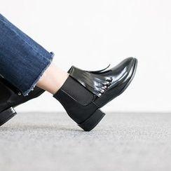 VIVIER - Fringed-Trim Banded Ankle Boots