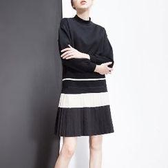 Halona - Long-Sleeve Color-Block Dress