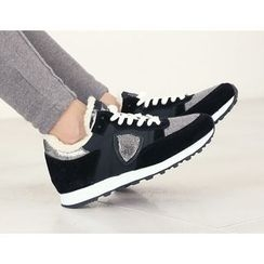 DANI LOVE - Contrast-Trim Fleece-Lined Sneakers