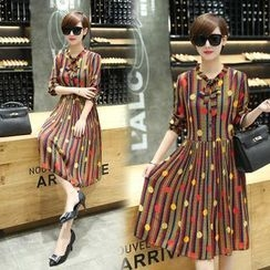 Sienne - Patterned Accordion Long-Sleeve Dress