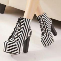 Mancienne - Platform Striped Lace-Up Ankle Boots