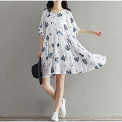 Clover Dream - Short-Sleeve Floral Chiffon Dress