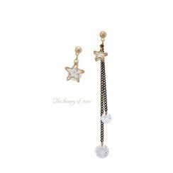 Miss21 Korea - Star-Dangle Asymmetric Earrings