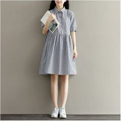 Snow Flower - Short-Sleeve Striped Dress