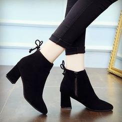 MISSEY - 粗跟尖头踝靴